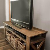 Pallet TV Stand Side